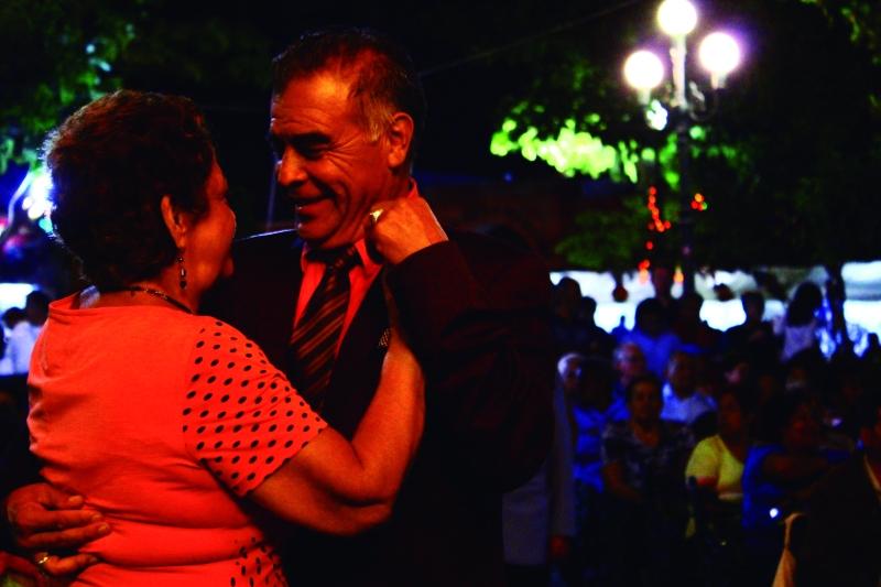 Al Pie de la LetrDENISSE RIOS
